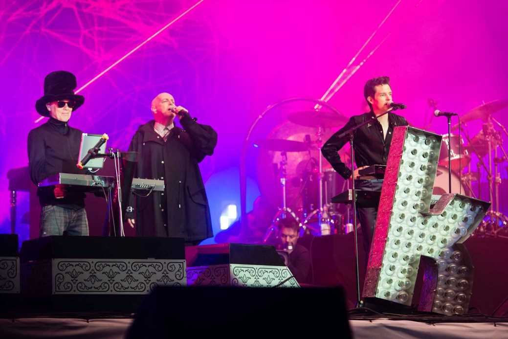 The Killers Bring Out Pet Shop Boys, Johnny Marr During Glastonbury Set
