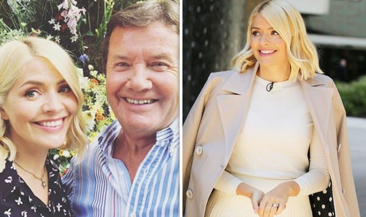 Holly Willoughby Instagram: This Morning star causes stir with dad for unusual reason