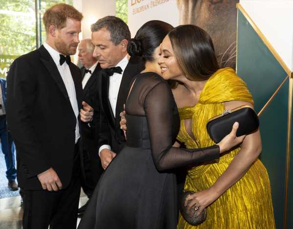 Why Meghan Markle & Beyoncé's Embrace Was So Moving For Black Women