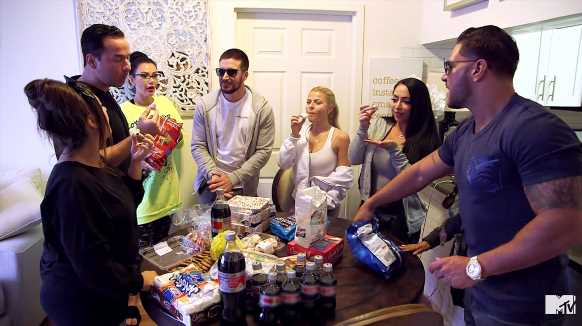 Jersey Shore: The Roomies Surprise Mike with a Junk Food Feast the Day After His Sentencing