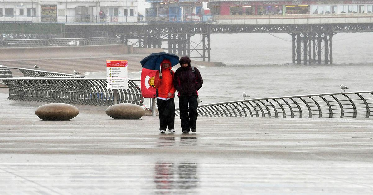 UK weather forecast: Weekend washout will bring thunderstorms and severe gales