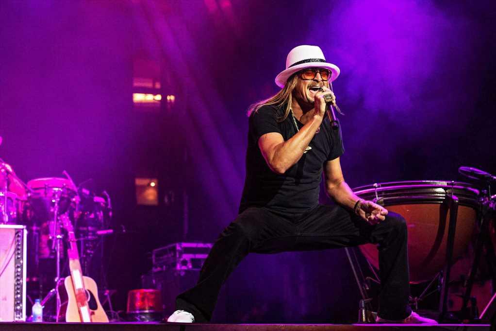 "See Kid Rock Cover Eddie Money's 'Shakin"" at Detroit Concert"