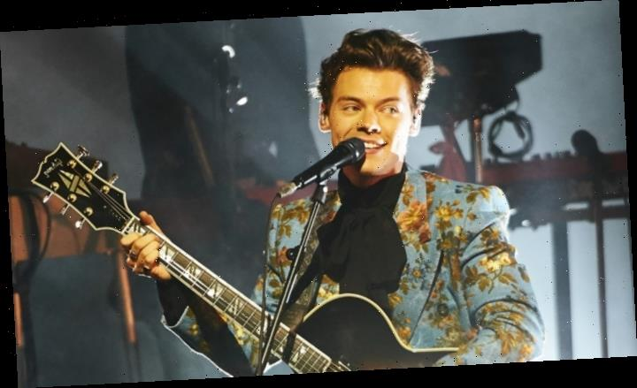 First Look at Harry Styles' Ticket-Giveaway Bus (EXCLUSIVE)