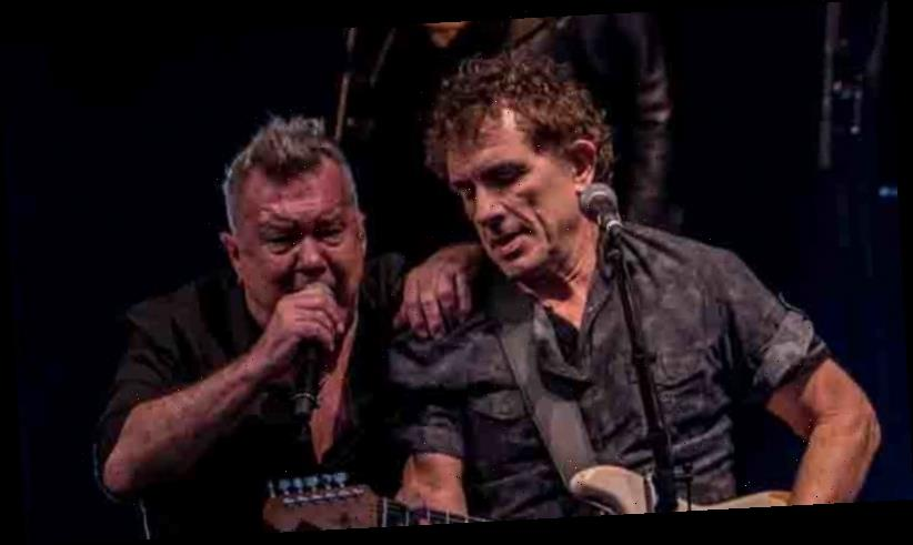 Cold Chisel remains unchanged in zero theatrics live show