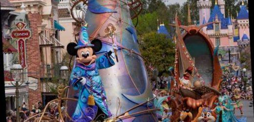 Disneyland & Disney World Closures Extended Indefinitely