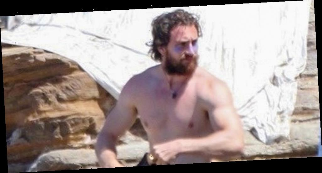 Aaron Taylor-Johnson Goes Shirtless After Surfing in Malibu