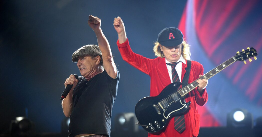 AC/DC Debuts at No. 1, Powered by CD Sales