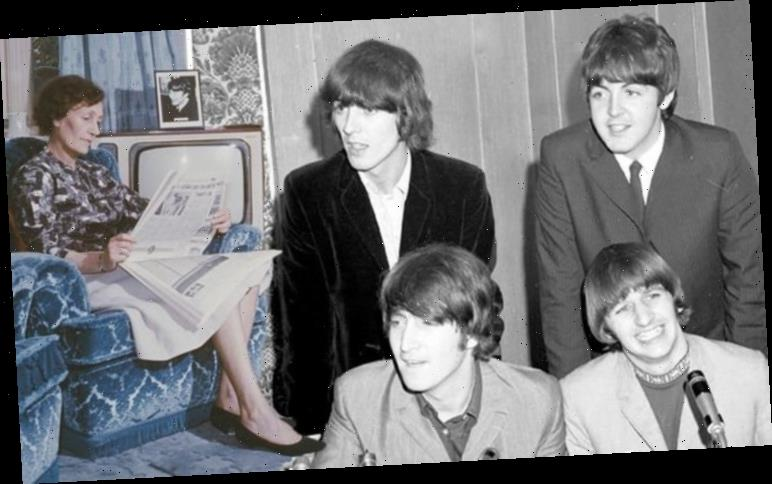 John Lennon The Beatles: How Aunt Mimi 'looked down' on The Beatles bandmates