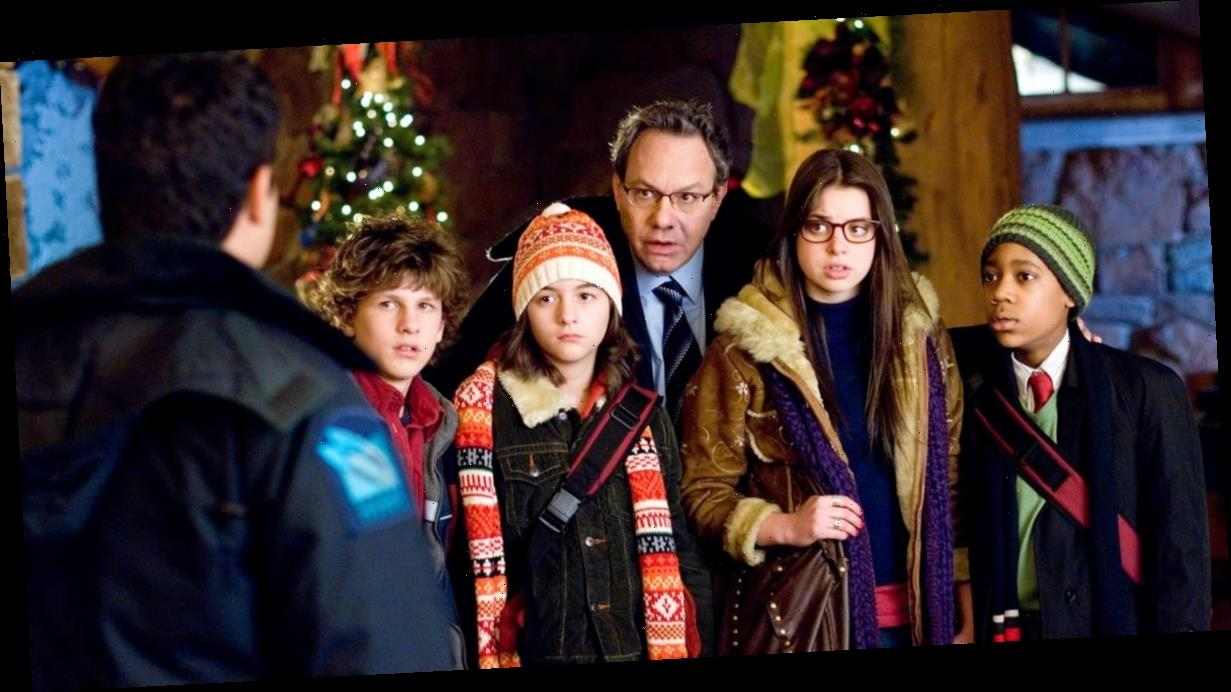 Unaccompanied Minors Is the Most Underrated Holiday Movie and That Must Change