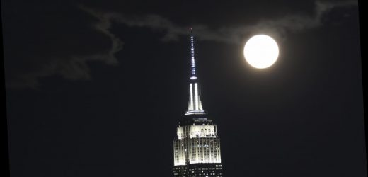 Baby, It's a Cold Moon Outside! How To Watch The Last Full Moon Of 2020 Tonight