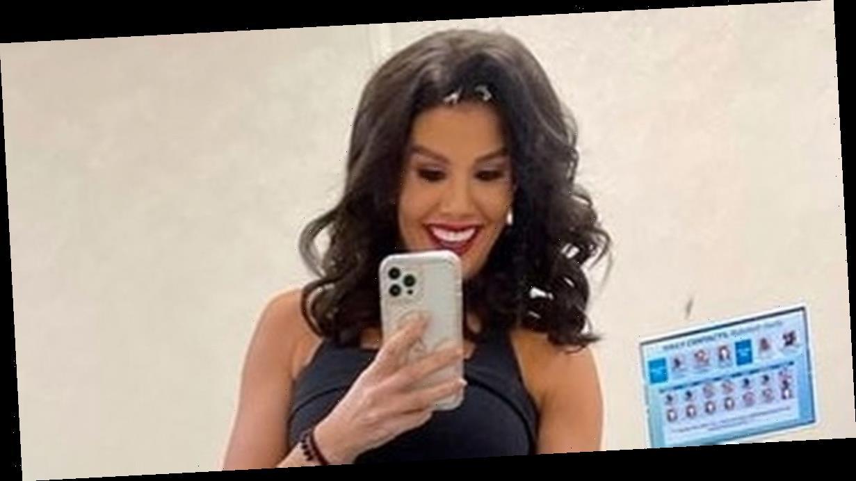 Rebekah Vardy strips to underwear to flaunt killer figure in backstage snap