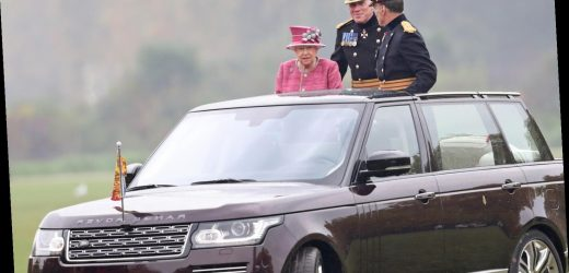 A Look At The Luxury Cars Queen Elizabeth Owns