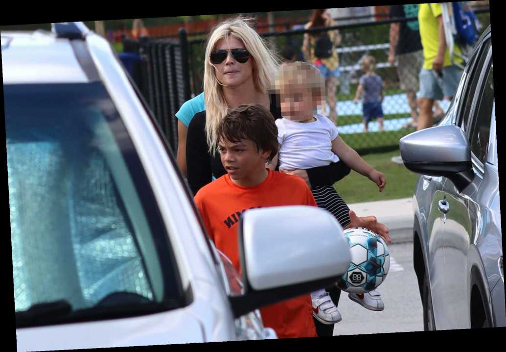 Elin Nordegren, Tiger Woods' ex, seen with kids as golfer recovers from crash