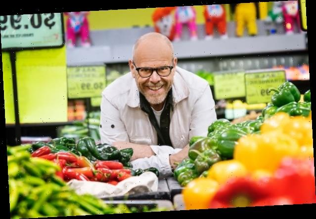 Alton Brown's 'Good Eats' Heads to Discovery+ With New Episodes