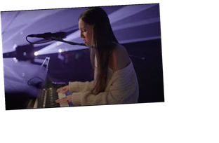 Olivia Rodrigo Makes Her Late Night Debut With 'Drivers License'