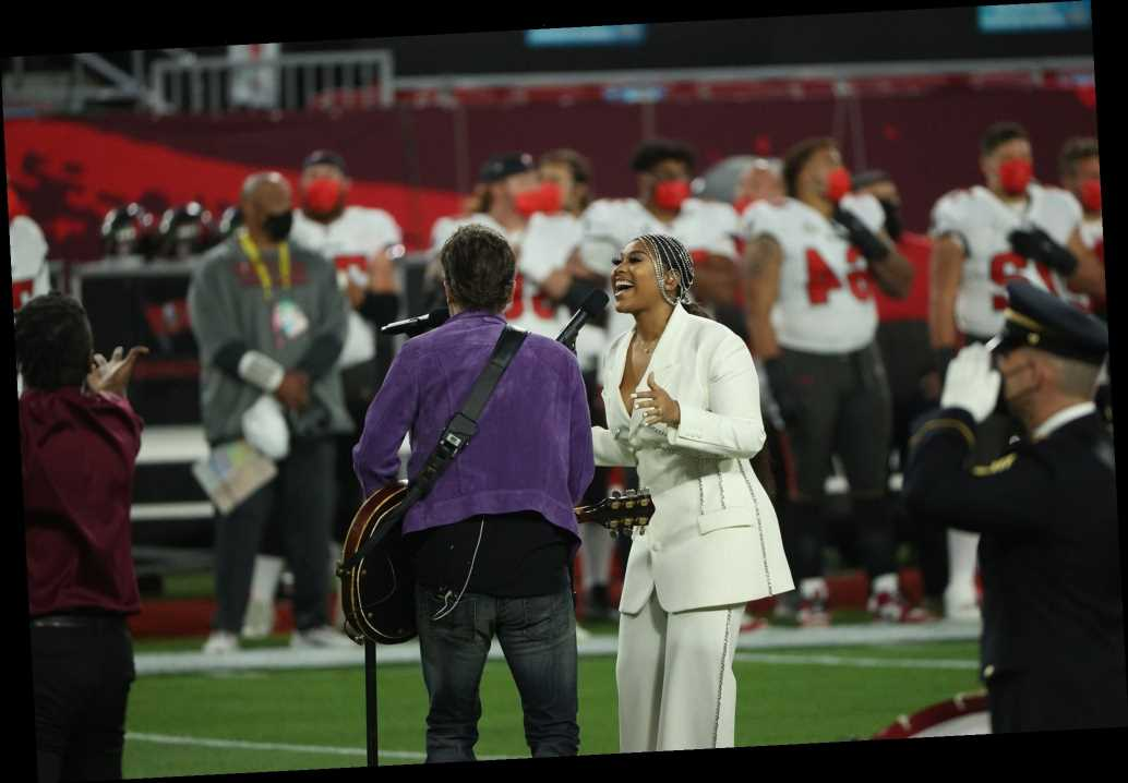 Jazmine Sullivan and Eric Church slay 2021 national anthem with H.E.R.'s help