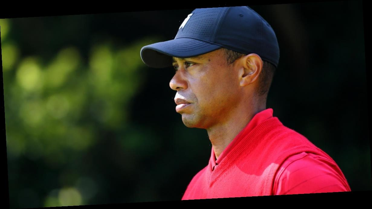 Tiger Woods suffers leg injury in rollover crash