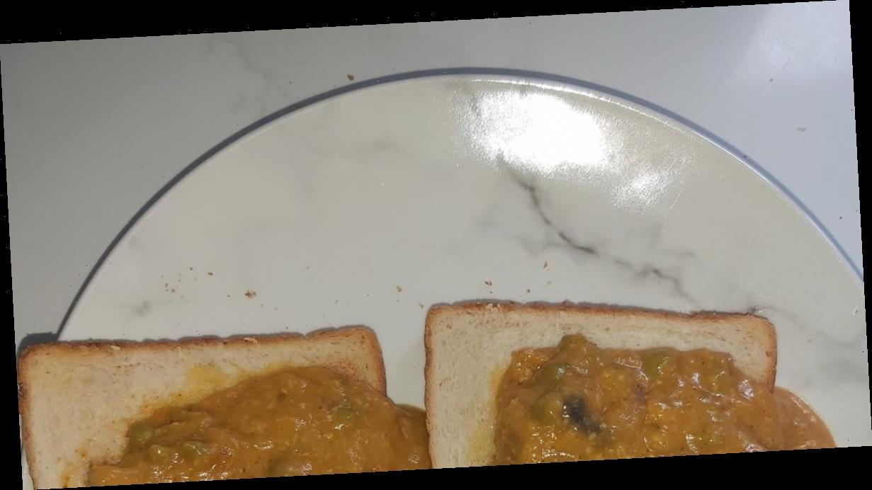 Home cook's 'curry on toast' dish roasted by foodies who compare it to 'cat poo'
