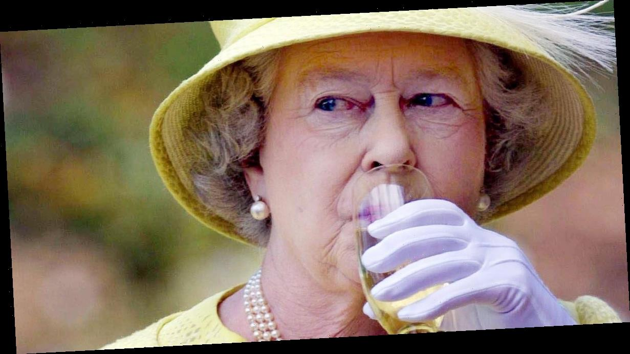 There will be a four-day bank holiday weekend in 2022 to celebrate the Queen's Platinum Jubilee