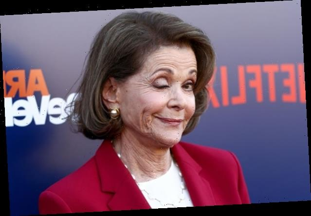 Let Jessica Walter Teach You the Lucille Bluth Wink (Video)