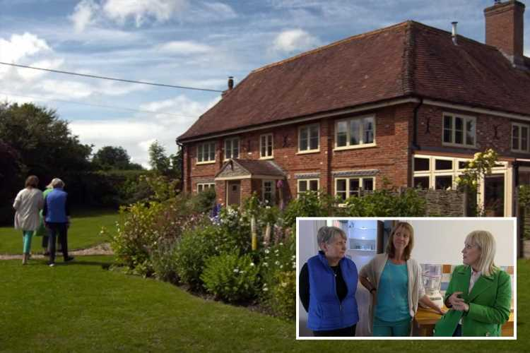 Escape to the Country buyer bursts into tears after being completely overwhelmed by 'complicated' mystery property