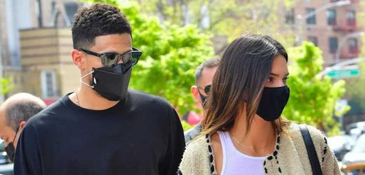 Kendall Jenner Steps Out for Lunch in NYC with Boyfriend Devin Booker