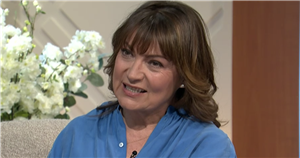 Lorraine abruptly cuts to break as she's forced to replace Ross King last minute
