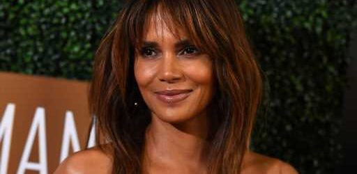 Halle Berry Snuggles Up With Her Daughter Nahla & Son Maceo in This Rare Beach Photo