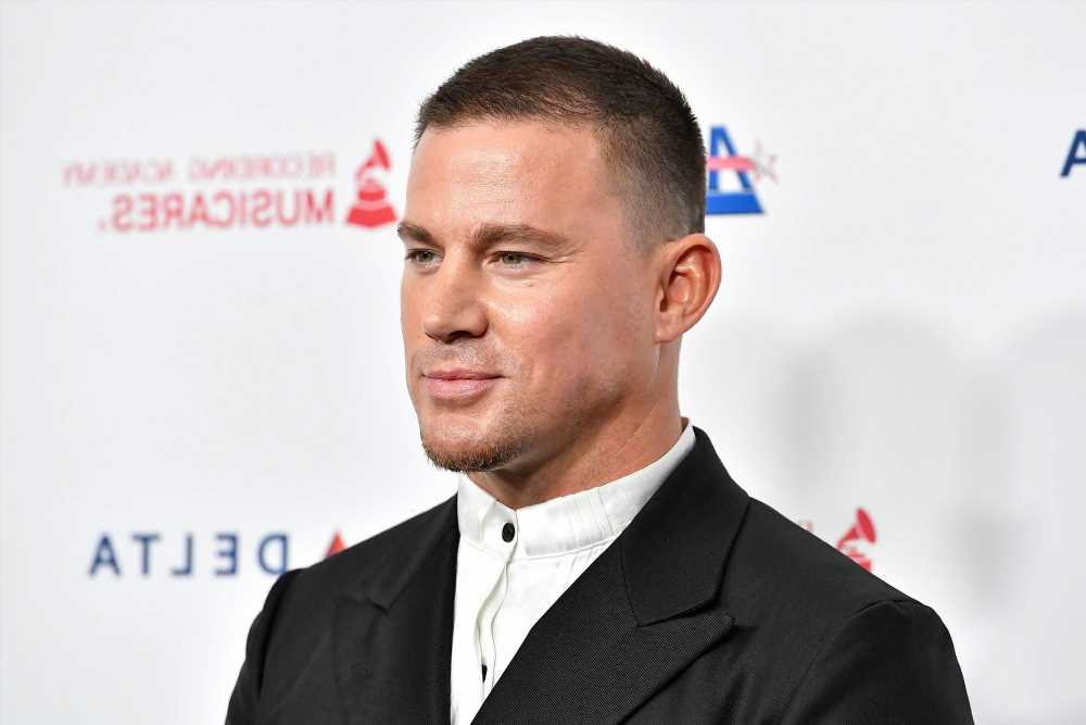 Channing Tatum leaves little to the imagination in fully nude selfie
