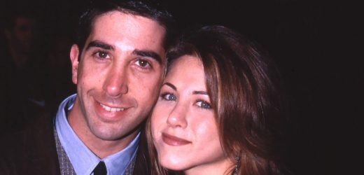'Friends' EPs Were 'Suspicious' of 'Electricity' Between Jen and David