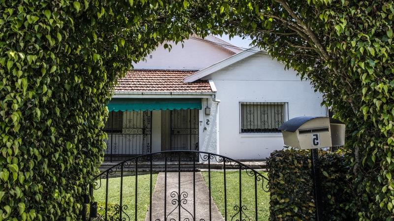 House prices rise again as RBA holds rates at record low