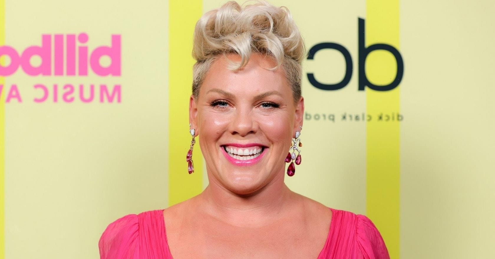 """How Pink hilariously accepted Jon Bon Jovi's """"apology"""" at this year's BBMAs"""