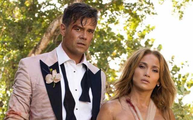 Josh Duhamel Praises 'Absolute Pro' Jennifer Lopez Post-'Shotgun Wedding' Filming