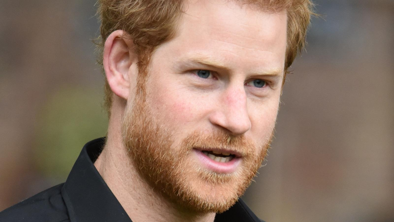 Palace Aides Reportedly Want Prince Harry And Meghan Markle To Do This