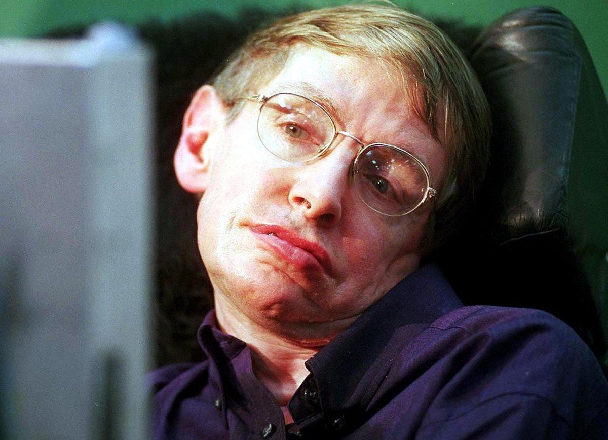 'Star Trek: The Next Generation': Stephen Hawking Got to Portray Himself in 1 Episode