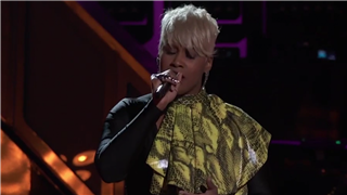 'The Voice': Pia Renee's 'Need U Bad' Gets the Coaches on Their Feet