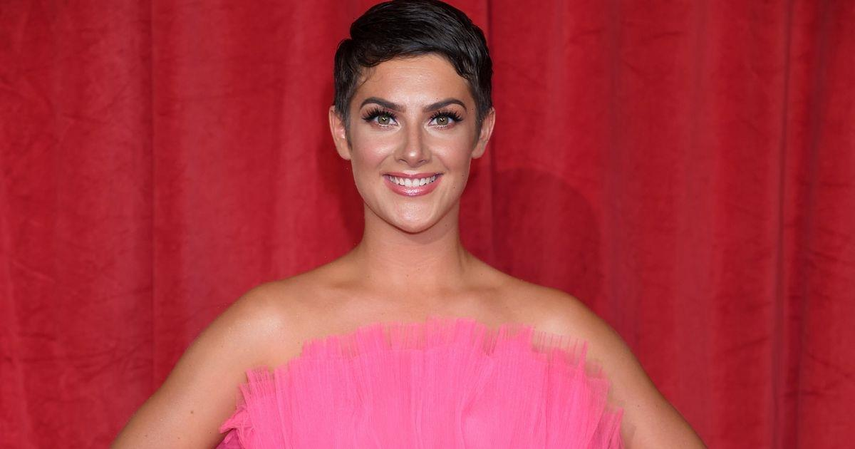 Emmerdale's Isabel Hodgins' life away from the soap as Victoria Sugden with her lookalike siblings