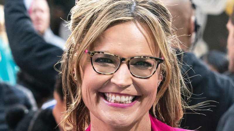 Savannah Guthrie's Debut As Jeopardy! Guest Host Has The Internet Buzzing