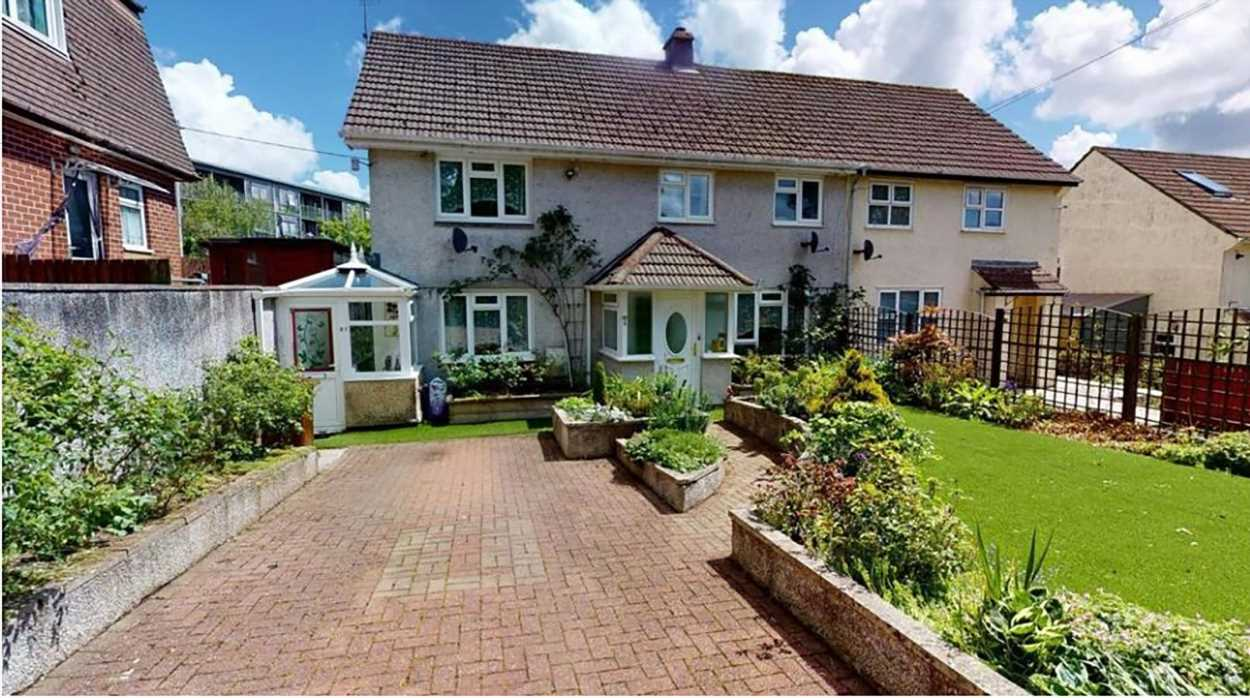 Semi-detached house with FAKE GRASS carpet goes on the mark for almost £300,000 in Cornwall