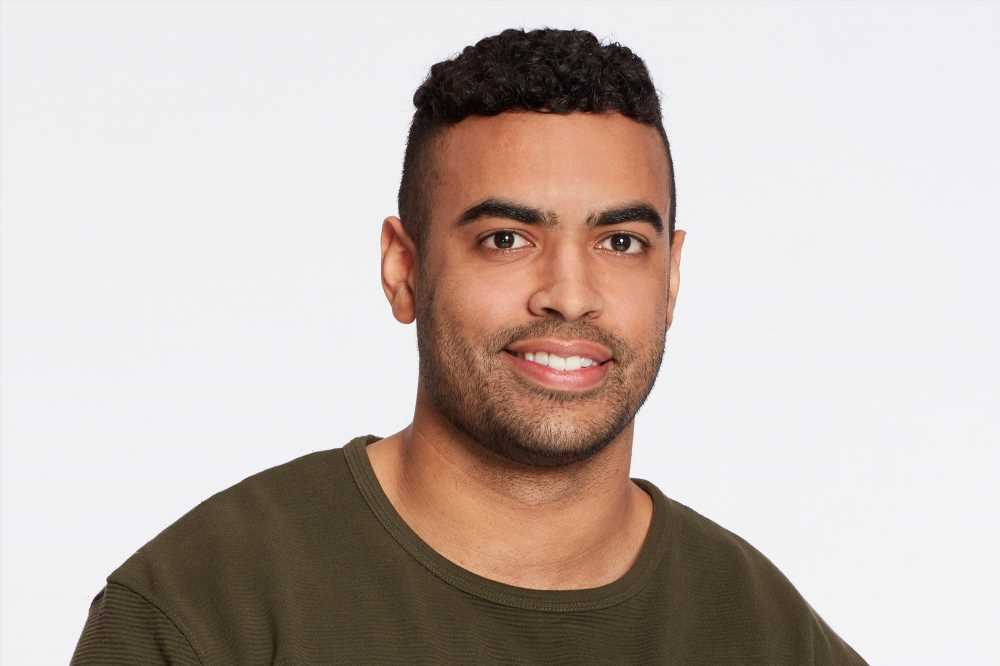Bachelorette contestant  Justin Glaze sorry for hurtful old tweets
