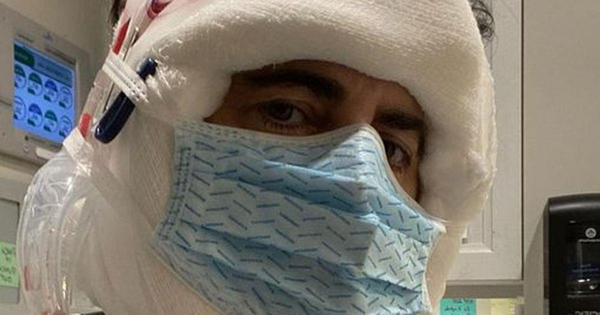 Marc Jacobs shares selfie of new face three days after surgery on turkey neck