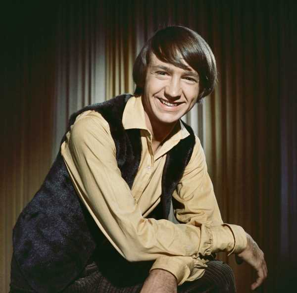 The Monkees' Peter Tork 'Couldn't Bear' to Sing Their Theme Song in Public