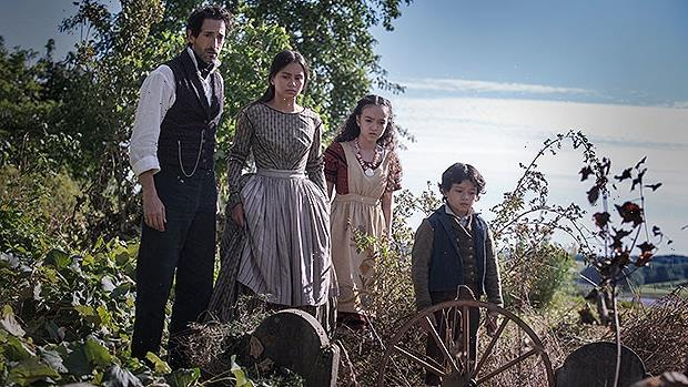 Chapelwaite Breakout Star Jennifer Ens: Honor Boone Will Fight For Her Family
