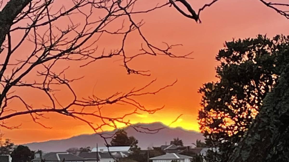 Sideswipe: August 19: Rangitoto erupts?