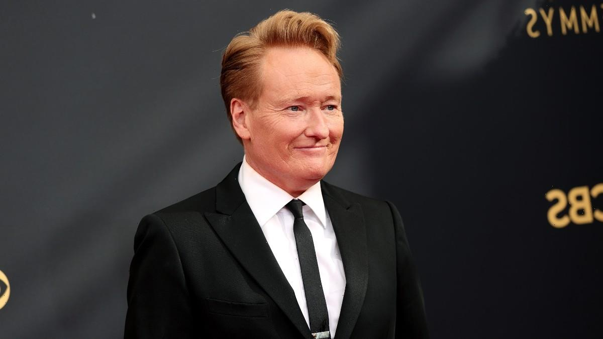 Conan O'Brien Heckled the CEO of the Television Academy During the Emmys and People Loved It (Video)