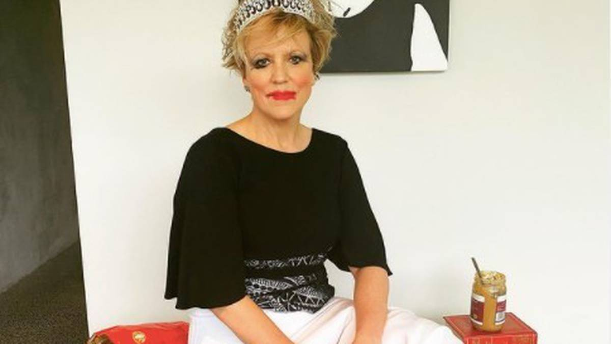 Covid 19 Delta outbreak: TVNZ host Hilary Barry's lockdown lament with Formal Friday post
