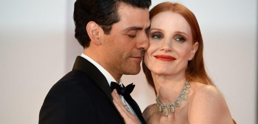 Jessica Chastain Responds to Viral Vid of Oscar Isaac Kissing Her Arm