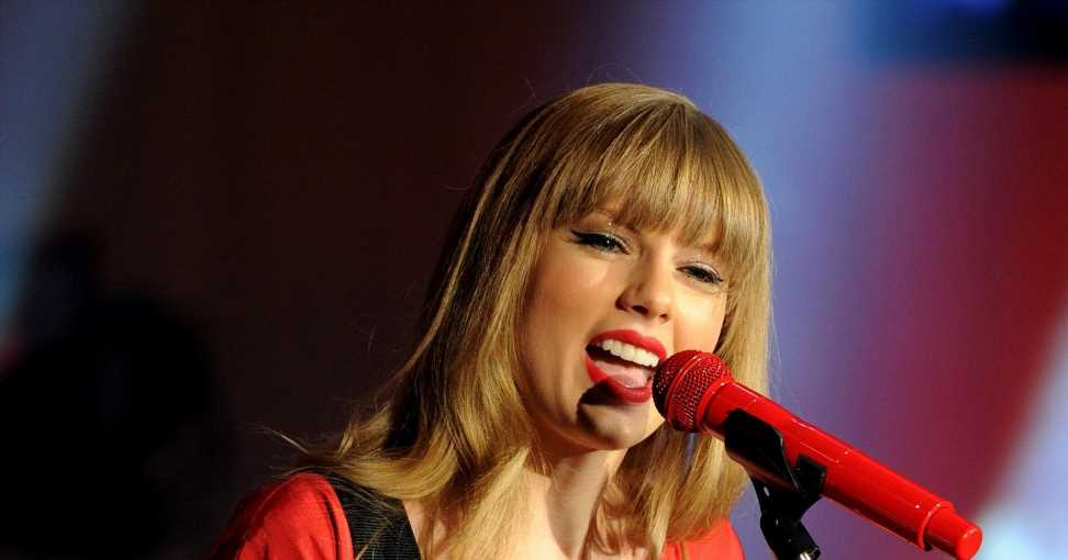 Taylor Swift's 'Red' update fuels Adele album speculation, plus more news