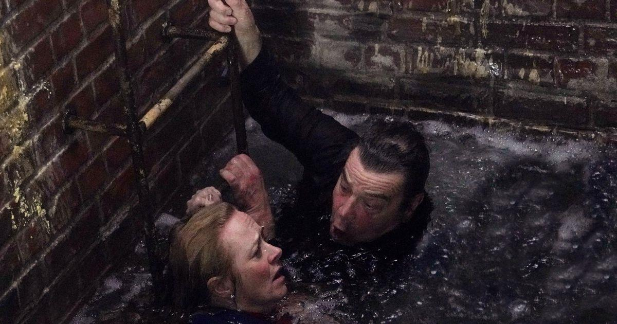 Coronation Streets Shona risks danger in deadly rescue as star killed off