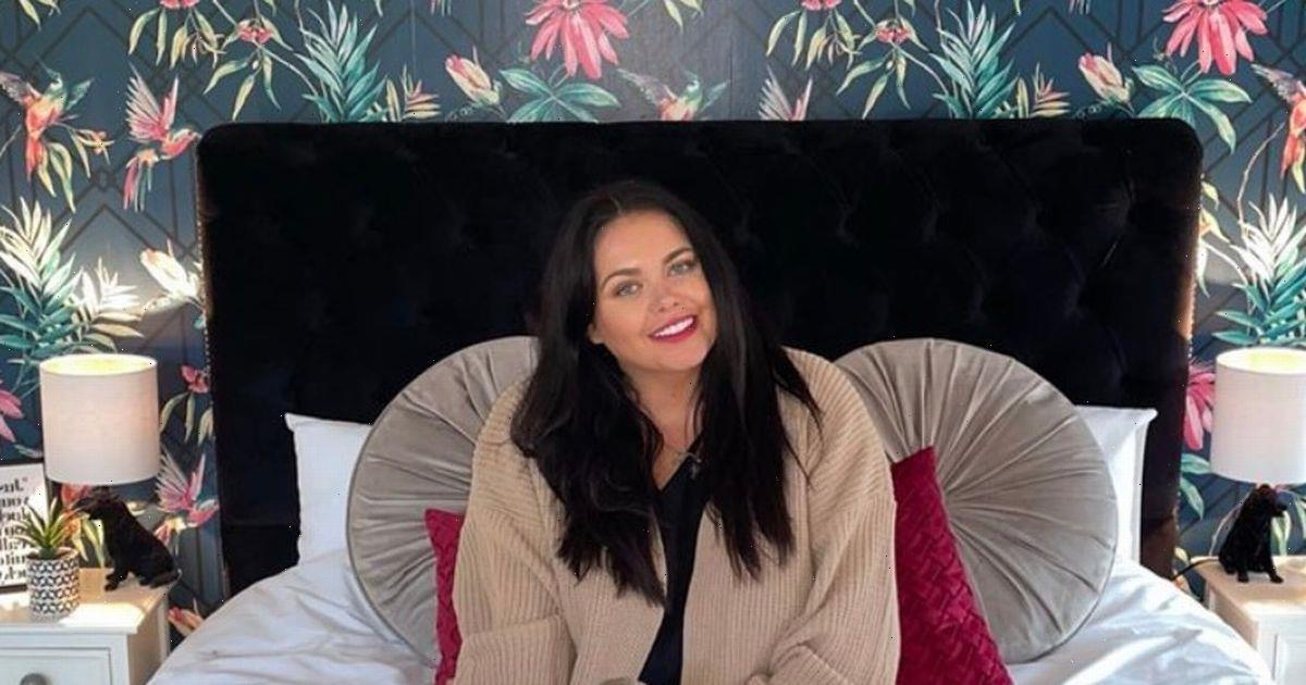Inside Scarlett Moffatts bedroom makeover using £50 wallpaper after it lacked cosiness